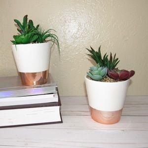 2 Faux Succulent In White / Rose Gold Ceramic Pots